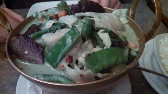 Nicky's Thai Kitchen: Green Curry with Chicken