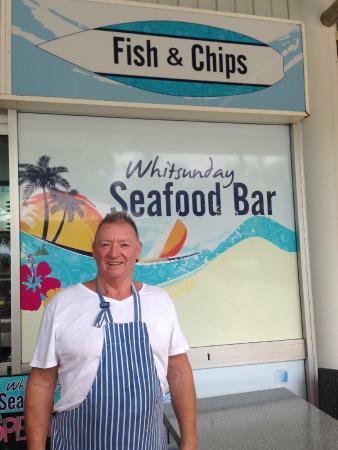 Whitsunday Seafood Bar : Great smile, great food!