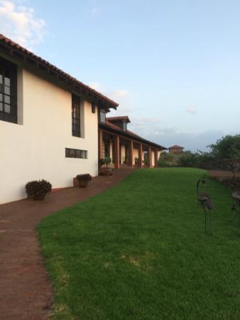 Bashay Rift Lodge : main lobby area