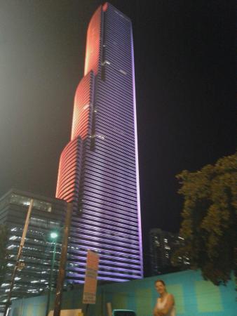 Miami Convention Center: Alterando sua iluminação