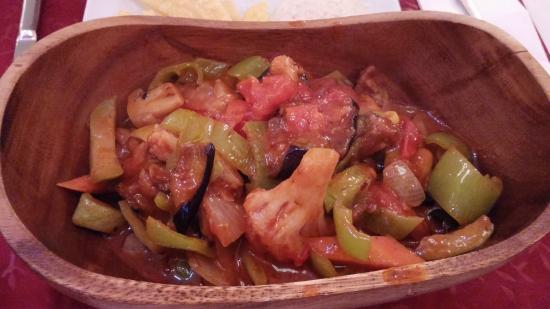 Palato Cafe Restaurant: Vegetarian Amphora Kebab