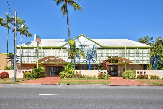 Rainbow Inn: Cairns Rainbow Resort Street View