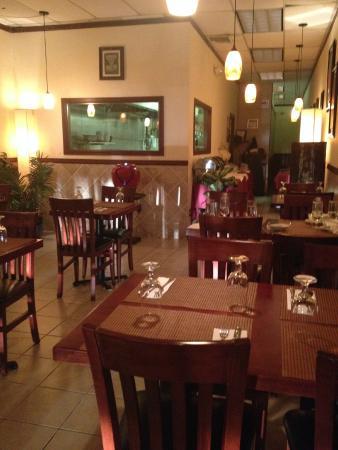 Saffron Indian Cuisine: Pleasant ambience