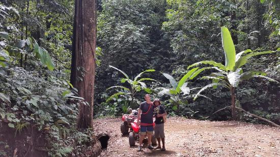ATV Adventure Tours Costa Rica: Con gueva, el mejor guía