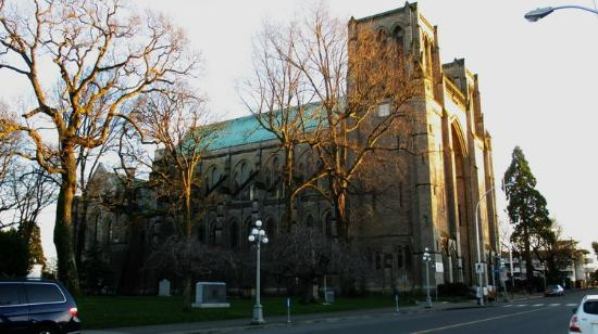 Christ Church Cathedral: Church side view