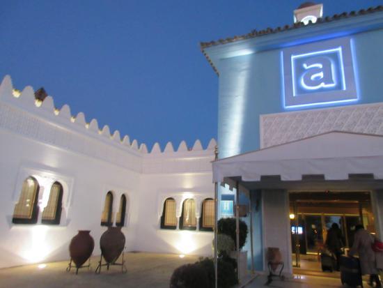 Abades Benacazón: ホテル