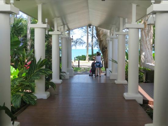 The Reef House Palm Cove - MGallery by Sofitel Collection: Entrance.