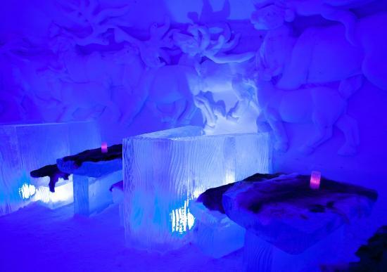 Kirkenes Snowhotel: The amazing Ice-bar - tunliweb.no