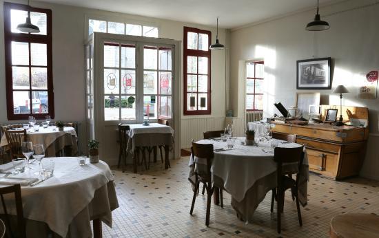 Le Puy à Vins : Salle principale