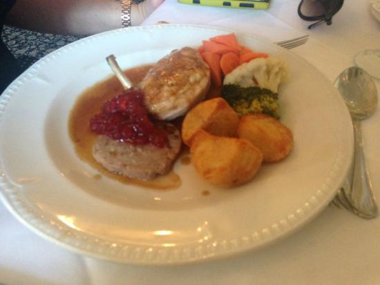 Monk Fryston Hall Hotel Restaurant: Chicken supreme