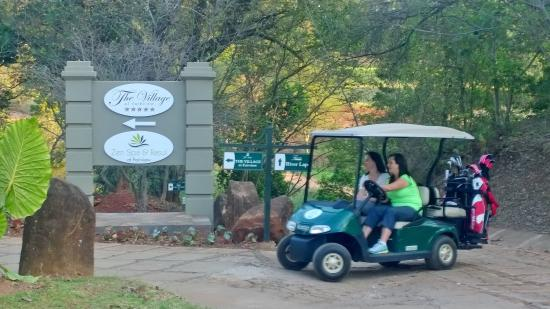 The Fairview Collection, Tzaneen: Golfers on the way to next T
