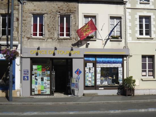 La Haye-du-Puits, Frankreich: Façade de l'Office de Tourisme