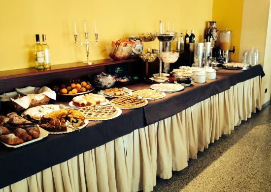 Hotel Sayonara: Buffet della Colazione