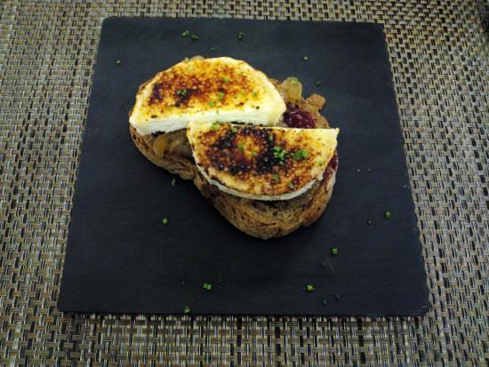 SAPORE Restaurante & Lounge Bar: Tosta de queso de cabra