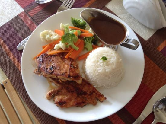 Kireka, Ouganda : Timely and Delicious meals at your convinience