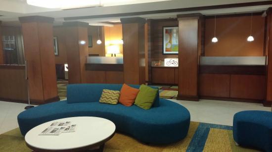 Fairfield Inn & Suites Waco North: Lobby