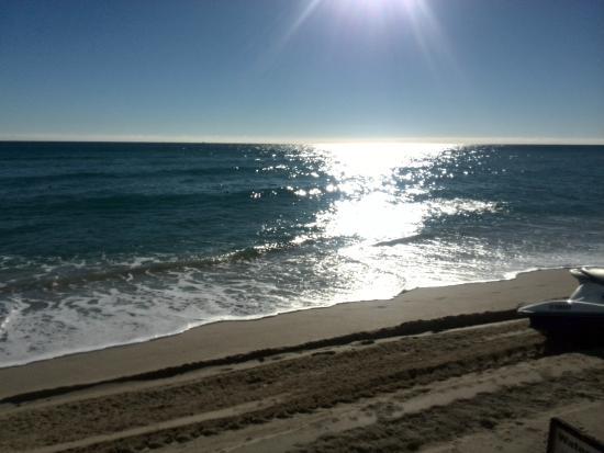 Tahiti Beach Club: this is the view....