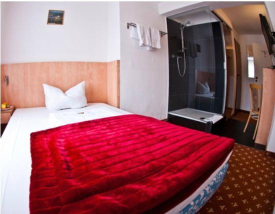 CENTRAL Hotel Dusseldorf: Doppelzimmer Beispiel