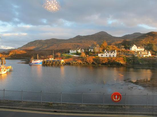 White Heather Hotel: The view from our 4 front facing rooms