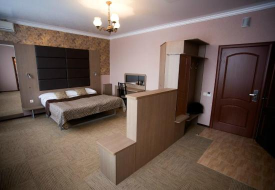 Nika Hotel and Spa