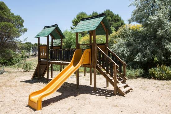 Detalle parque infantil picture of casas rurales centro de turismo rural el cerrete de haro - Casa rural haro ...