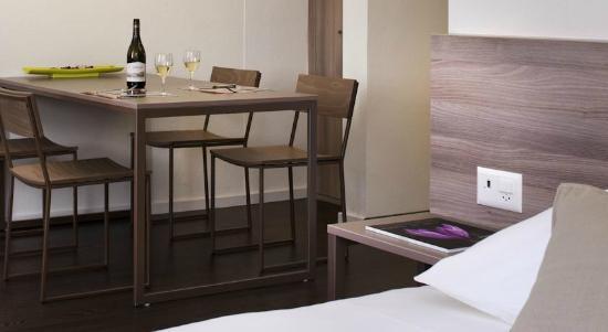 CAMERA da letto - Bild von Mercure Plaza Biel, Biel - TripAdvisor