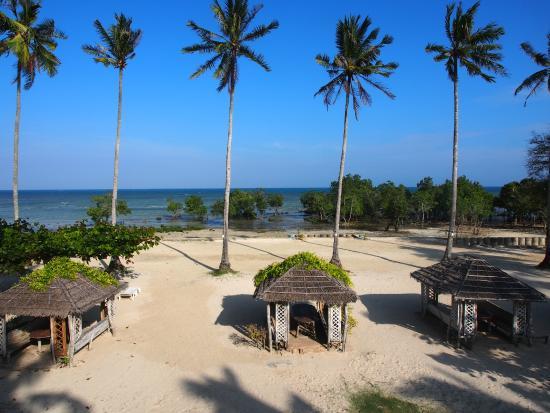 strand emerald playa picture of bahay kubo at emerald playa rh tripadvisor com