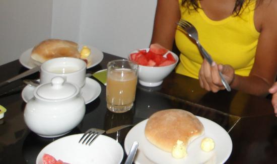 Qori Kintu Apart Pachacutec: Café da manhã