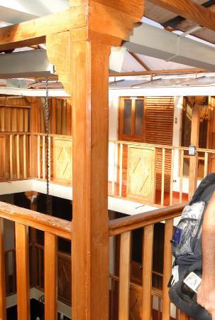 Qori Kintu Apart Pachacutec: Hotel