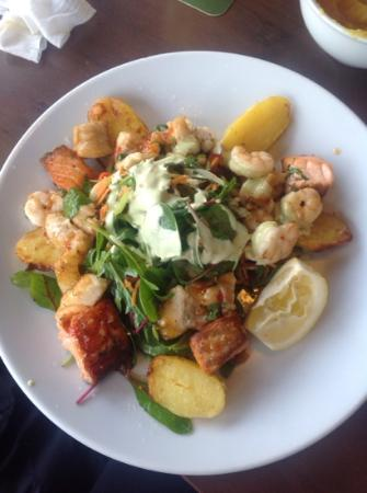The Huntsman Inn: Warm seafood salad - delicious!