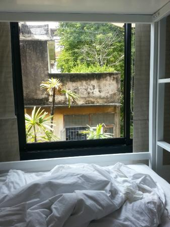 NapPark Hostel @ Khao San: View from bottom bunk
