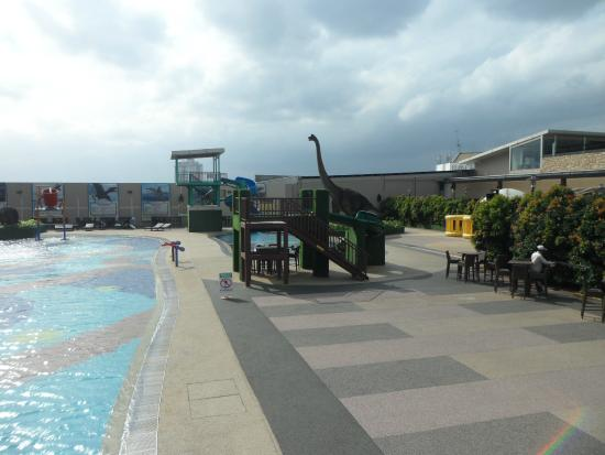 """""""Dinosaurs Alive"""" Water Theme Park: dino alive water theme park"""