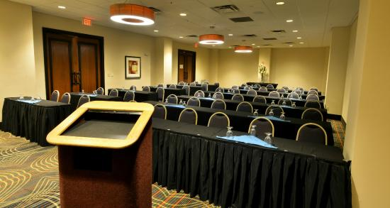 Holiday Inn & Suites Charleston West: Montgomery Room - Classroom style