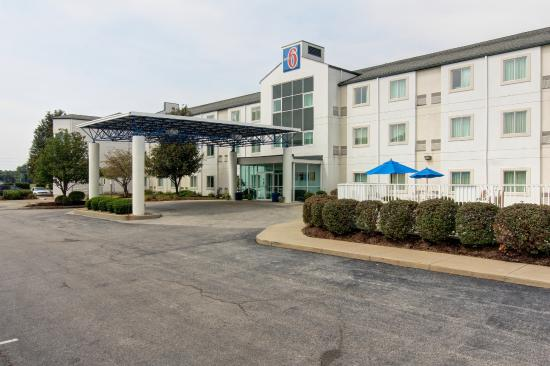 Motel 6 St Louis East - Caseyville