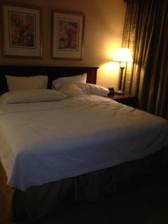 Homewood Suites by Hilton Atlanta - Buckhead: Comfortable bed