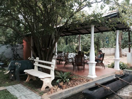 Elephant Rest - Udawalawa