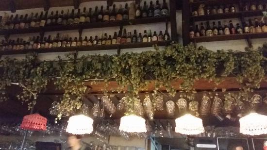 De Kauwackers : Au dessus du bar