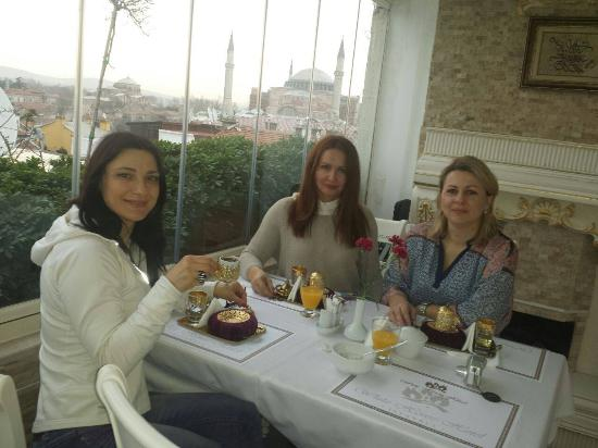 White House Hotel Istanbul: Wonderful view & Breakfast