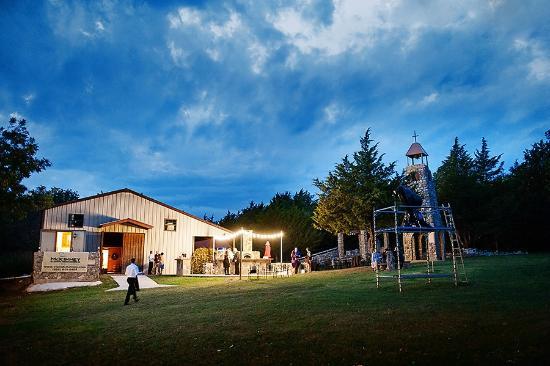 Wales Manor Vineyard & Winery: Wedding