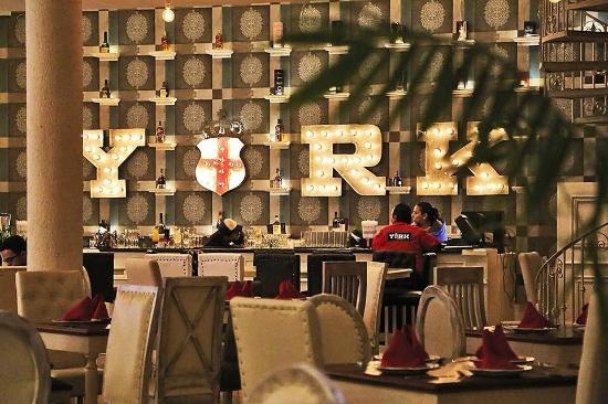 YORK Gastro Bar