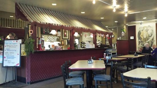 Sweet Henrie's Ice Cream Parlor & Restaurant
