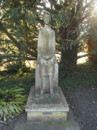 Waterperry Gardens: The Virgin Statue at the end of Virgins Walk