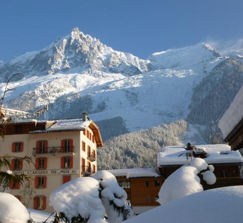 Hotel l'Aiguille Du Midi: Vue sur le Glacier et le Massif du Mont-Blanc