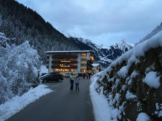 Alpin Lodge Das Zillergrund: Mountain Aktiv Relax Hotel