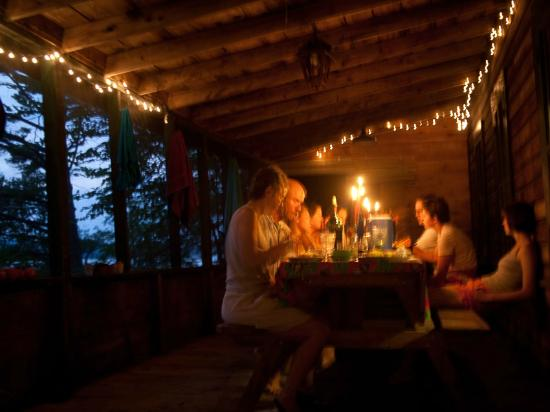 Sunset Lodge: Dinner on the Lodge porch