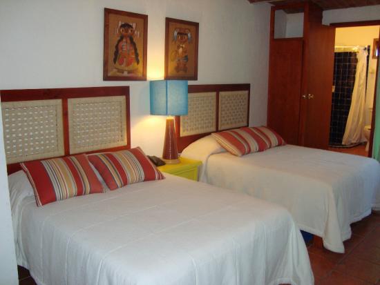 Casa Tlaquepaque Hotel-Galeria: Habitación Carlos bustos