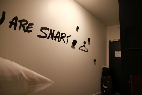 Smarthotel Tromsø: Total lack of storage places