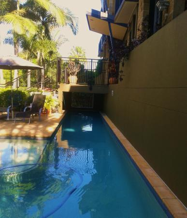 Enjoyable swim in lap pool picture of il mondo boutique for Top boutique hotels queensland