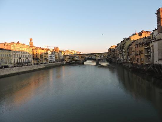Tours of Pisa : Arno
