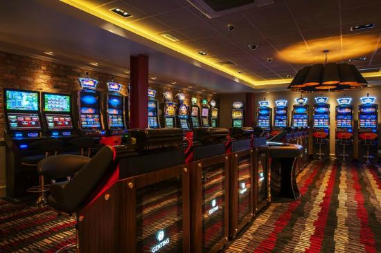 Bolton, UK: Slots and Electronic Roulette Area
